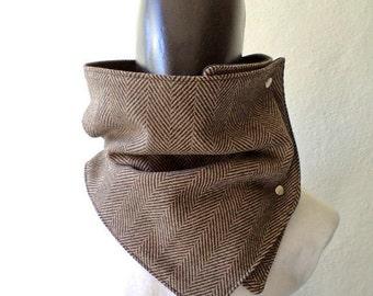 Mens scarf. Mens cowl scarf. Chunky scarf. Extra Wide, Herringbone wool 100% Black and brown. Mens winter.