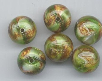 Wow - five  vintage German marbled lampwork glass beads - green and glittering gold - 13.5 mm rounds