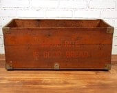 Vintage Made-Rite Bread Wood Box Crate Advertising With Handle Holes