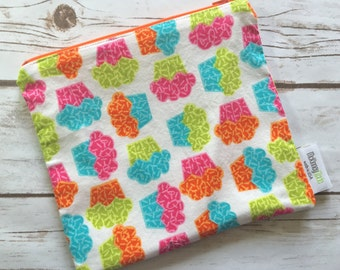Reusable Snack Bag ~ Sandwich Size ~ Reusable Lunch Bag ~ Eco Friendly ~ Water Resistant ~ Zipper Pouch in Bright Cupcakes