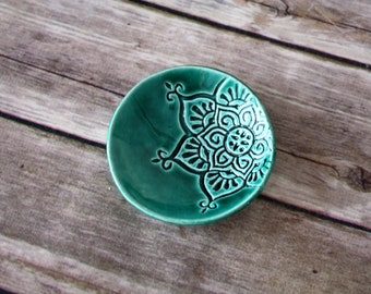 Ring Dish - Handmade Trinket Dish with boho star pattern. Tiny Dish in Emerald Green. Great gift for teachers, co-workers, girlfriends