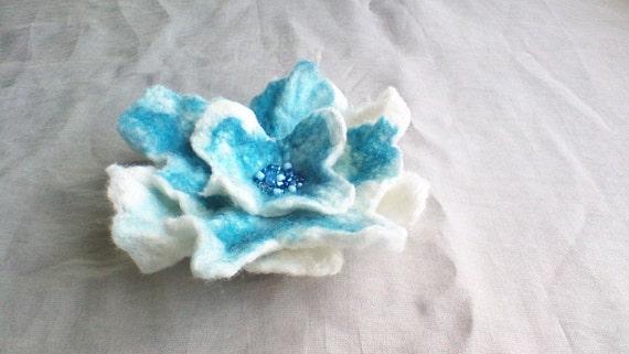 Wool Felted Flower Felt Brooch Pin Merino Wool Felted Jewelry Wedding White Blue Flower Pin