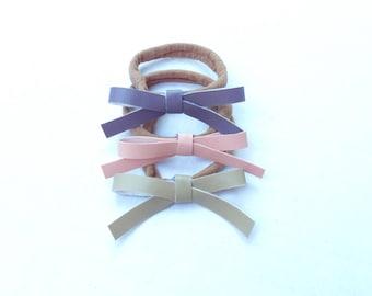 Set of 3 Dainty Knot bows. Nylon Headbands. Hair Bows.
