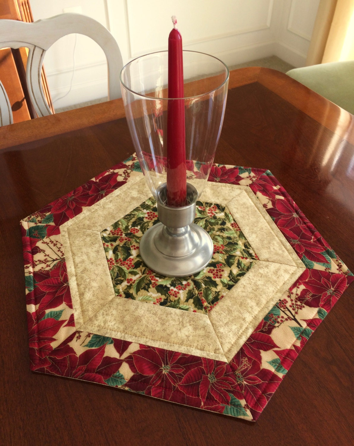 Christmas Red Amp Green Quilted Hexagon Table Runner Candle
