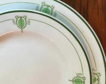 Restaurant Ware Four Salad Plates, Art Nouveau Green Pattern by Grindley Hotel Ware, ca. 1920s