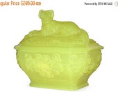 ON SALE Portieux Vallerysthal Setter Dog Covered Dish Vaseline Glass, Antique