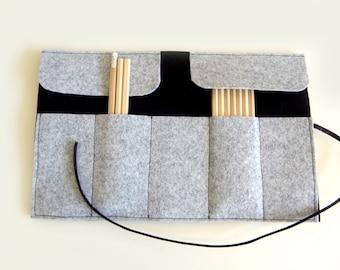 Roll felt  pencil case black and grey