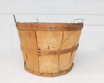 Vintage Split Wood Bushel Basket With Wire Handles Apple Baskets Primitive #1-4