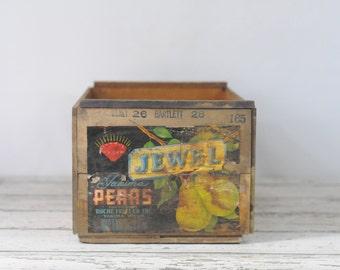 Vintage Jewel Washington Pear Crate Roche Fruit Co Yakima Washington