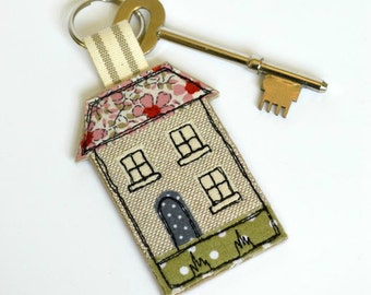 House keyring - house warming gift - house key fob - house key ring - house key-ring - key fob - keychain - house keychain - pink house