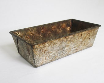 Vintage Ovenex Loaf Pan with Starburst Pattern