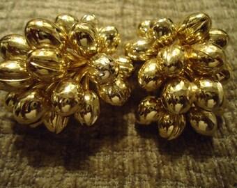 Vintage 1980s Boho Gold Cluster Ball Earrings