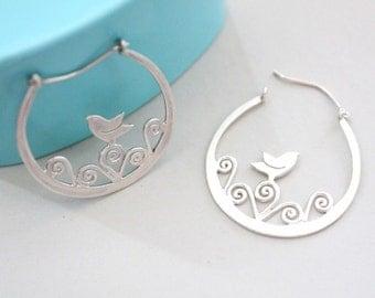 Silver bird earrings Bird earrings Gift for women Bird gifts for women Nature gift idea Bird lovers gift Nature earrings gift Woodlands