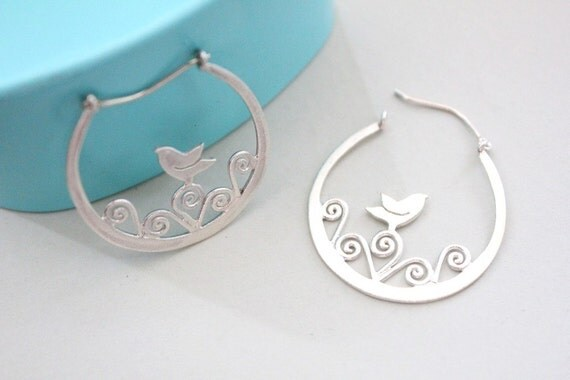 Silver bird earrings Best gift for wife Bird gifts for women Nature gift idea Bird lovers gift Nature earrings gift Bird gifts for mom