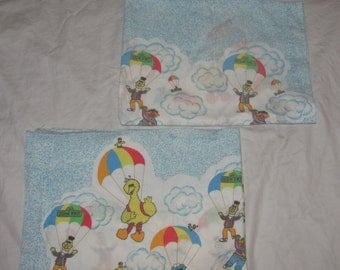 Vintage Sesame Street Hot Air Balloons - Twin/Standard Pillow Case Set of 2 - Big Bird, Ernie, Bert, Cookie Monster  - Cotton Pillowcases