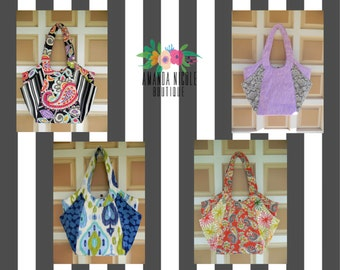 Amanda Nicole Custom Hobo style purse with large side pockets - Shoulder Bag - Purse