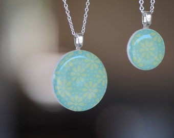 Paper pendant necklace set. Sterling silver chain. Mother and daughter set. paper bead jewelry. Set of 2. Mint Green and lime green.