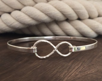 Sterling Silver Infinity Bangle Bracelet / Graduation Gift / Promise Bracelet / A Love Without End / Mothers Day Gift Idea