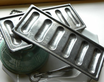 Antique French Bakery Cafe 2 Larger Size Lady Finger Mold Baking Tin Pans Very Clean, No Rust or Baked on Old Blackened Grease
