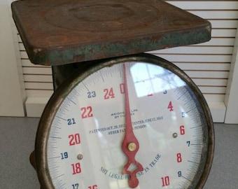 1912 Green Vintage metal scale **SALE**