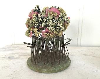 VINTAGE FLOWER FROG - Blue Ribbon Flower Holder Co. - Cage - Flower Holder - Green Metal Hairpin - Chippy Rustic Garden - Missing pins