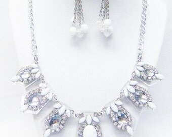 Clear/White /Silver Plated Acrylic Statement Necklace/Earrings
