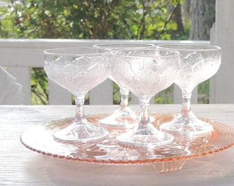 Set of 4 Vintage Depression Glass Style Clear Sherbet Bowls or Goblets, Footed