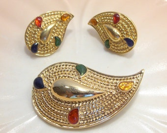 Gold Tone Paisley Brooch and Pierced Earrings with Splashes of Yellow, Red, Green and Blue