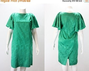 SALE 40% off XL Dress - Vintage Emerald Green XL Dress - Butterfly Sleeves