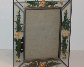 Vintage Pressed Flowers Leaded Glass Picture Frame - Ferns - Home Decor - Photo Frame - Shabby Chic - Stained Glass Look - Vintage Wedding