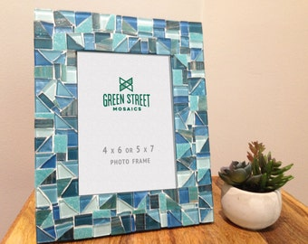 4 x 6 or 5 x 7 Mosaic Picture frame in Aqua, Teal, and Turquoise