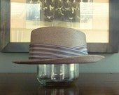 Vintage 1950s - 1960s WORMSER Hatters to Men Gray Milan Braided Straw Summer Hat Size SMALL, US ~ 6 7/8, Metric ~ 55 cm Long Oval.