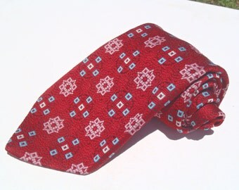 Vintage 1970s Wide Red Polyester Tie with Pink and Blue Floral Neats