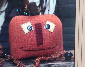 Wool Applique pattern - 'Prim Pumpkin'