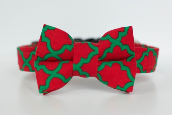 Red and Green Print Collar