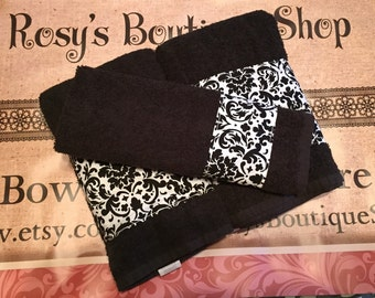 3-pc Damask print Towels, Black and White Bathroom Towels, Damask print Hand Towel.