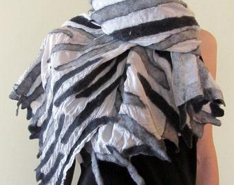 Wool spray bars on silk./ Cozy and warm/