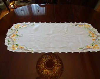 Vintage Linen Hand Embroidered Table Runner