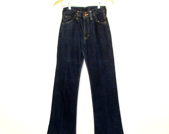 vintage 1970's LEE jeans / 70's high waist LEE blue jeans size SMALL