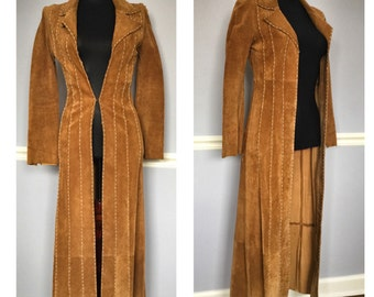 Long and sleek vintage suede jacket- size XS