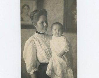Vintage Snapshot Photo RPPC: Mother & Baby, c1910 (69503)