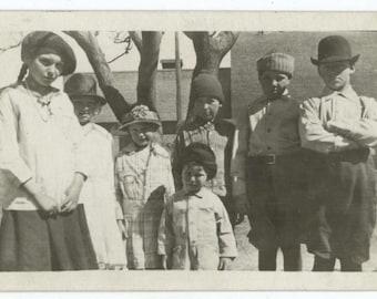 Gang of Kids, 1910s-20s Vintage Snapshot Photo (512438)