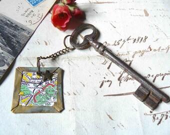 """Old key 797 """"sous les toits de Paris - Le Trocadéro"""""""