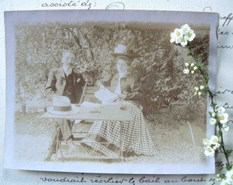 old french photo sepia: campagne chic
