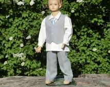 Grey boys linen suit. Grey ring bearer outfit, boys suit. Toddler boy formal wear. Linen pants and vest, linen shirt. Boys wedding attire