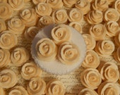 24  Ivory Royal Icing Roses Edible For Cakes, Weddings , Cupcakes