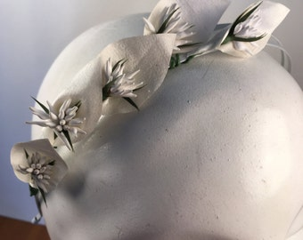 Light Ivory & White Spiky Bridal Lily Headband