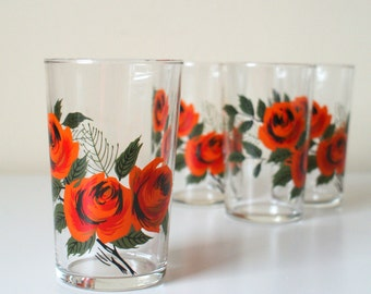 Vintage Glasses Set of Four with Roses