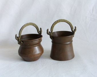 Earthy mini pails 2 vintage copper MINIATURE BUCKETS, Rain chain pieces, Dollhouse pot, Barn ranch farmhouse kitchen decor, brass handle