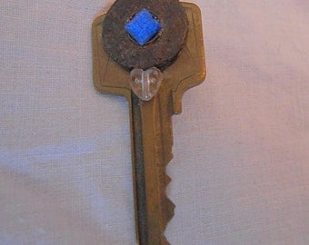 Key Pin/Brooch, Rust and Blue